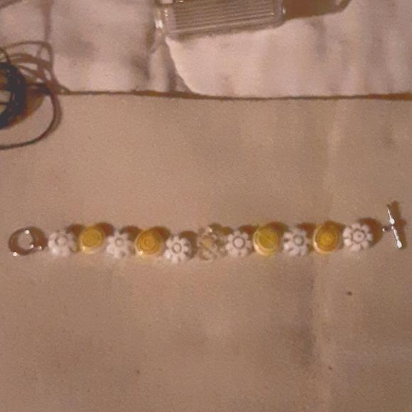 Handmade Kids sunflower beaded bracelet